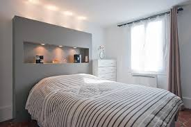 chambre avec tete de lit tête de lit avec niche