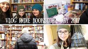 VLOG | Independent Bookstore Day (We Saw Someone Get Arrested ... Apartment Unit 1 At 2336 N Greenview Avenue Chicago Il 60614 Taco Tuesday Tb Grill In Albany Park Patch Nature Obsver Maggie Enterrios Chicagos Restaurant And Bar Openings Summer 2017 Eater Bette Davis Aint For Sissies Lake View The Sketch Comedy Festival Open House Sunday March 15th 11am2pm 2123 W Rice St 3w Barnes Noble Cafe Galleria