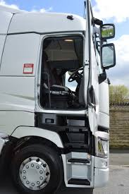Renault T Review Concludes Flat Floor And High 'ideal' For Long-haul ...
