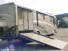 2008 Damon Outlaw 3611 Class A Gas Motorhome Toy Hauler This Unit Has An Amazing Floor Plan Great For Company Or Family Use The Contains