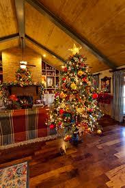 Raz Artificial Christmas Trees by 19 Christmas Tree Urn My Sister S Christmas Home 2013