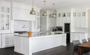 image de cuisine contemporaine cuisines blanches contemporaines salon cuisine moderne cbel cuisines