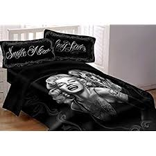 Marilyn Monroe Bedroom Furniture by Amazon Com Dga Marilyn Monroe Smile Now Cry Later Super Soft