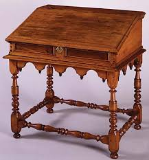Nice Colonial Style Desk