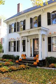 Pictures Small Colonial House by Best 25 Colonial Style Homes Ideas On Colonial House