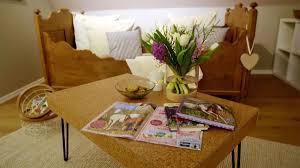 tanjas basteltipp kork beistelltisch zuhause im