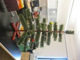Funny Christmas Cubicle Decorating Ideas by 4 Funny Office Holiday Decorating Jobs