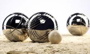 apprendre le jeu de pétanque ses regles et le choix des boules