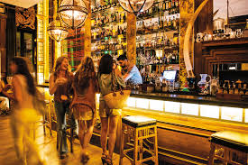 Best Bars In Barcelona | Linguaschools.com Blog 19 Best Images About Spanish Travels On Pinterest Trips Caves Best Barcelona Rooftop Hotel Bars The Rooftop Lounge Bars In This Summer A French Bar 9 Venues To Watch Live Sports Linguaschools W Hotels Wet Rates Guaranteed Europe Top Drink The Cheap Terraces 6 Cocktail Descubre Y Sus Drinks With A View Tapas Restaurants And