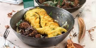 cuisiner les morilles omelette aux morilles facile recette sur cuisine actuelle