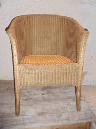 Biedermeier Sofa Zu Verkaufen by Geflochtener Lloyd Loom Sessel Goldfarben Antik Möbel