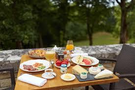 cuisine rully hotel relais du silence château mic rully booking com