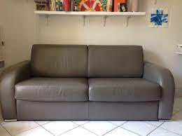 canapé gris taupe achetez canapé en cuir occasion annonce vente à vanves 92 wb158988493