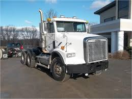 2002 FREIGHTLINER FLD112 Day Cab Truck For Sale Auction Or Lease ...