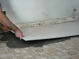 Tiling A Bathroom Floor Over Linoleum by How To Install A Tile Floor In A Kitchen How Tos Diy