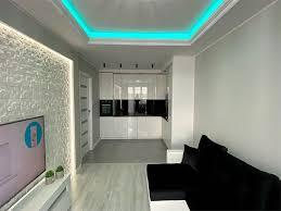 decke wohnzimmer ideen mit indirekter beleuchtung