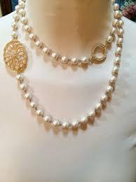 100 Pearl Design Classic Faux Necklace