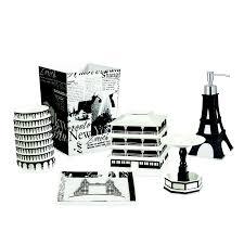 Paris Themed Bathroom Rugs by 17 Best Paris Theme Images On Pinterest Paris Theme Bathroom