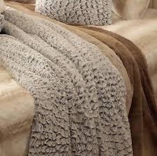 couvre lit leclerc couvre lit fausse fourrure 210 240 cm couvre