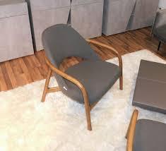 armlehnen wohnzimmer stuhl sessel massivholz grau stoff
