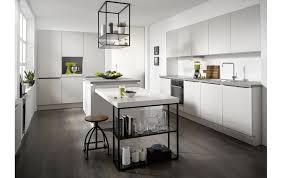 moderne contur küche 54 150 mit insel und essplatz in seidenglanzlack grau