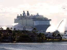 Cruise Ship Sinking Now by One Of The World U0027s Largest Cruise Ships Business Insider