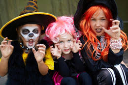 Scary Halloween Riddles And Answers by Halloween Riddles And Answers