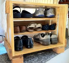 Upcycled Pallet Shoe Rack