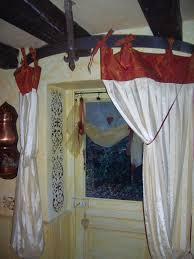 tringle a rideau demi cercle tringle cercle de tonneaux photo de mes rideaux grain de folie