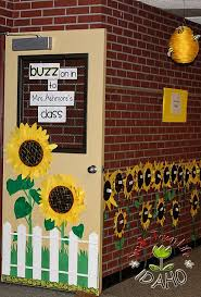 may classroom door decoration idea myclassroomideas com