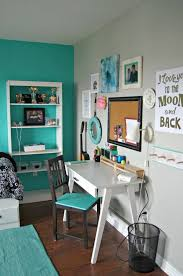 Turquoise And White Bedroom For Teen Girls With A Stylish Beautiful Workarea