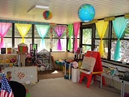 Adventures In Decorating Curtains by Best 25 Classroom Curtains Ideas On Pinterest Classroom Window