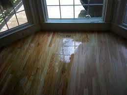 Applying Minwax Polyurethane To Hardwood Floors by How To Apply Oil Based Polyurethane To Hardwood Floors Titandish