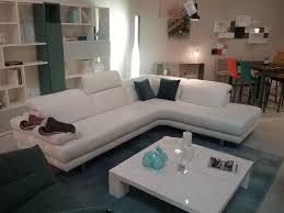 canape d angle en cuir blanc canapé d angle en cuir blanc toulon ligne roset cinna