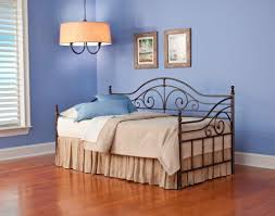 Leggett And Platt Metal Headboards by L U0026p Fashion Bed Launching New Styles At High Point