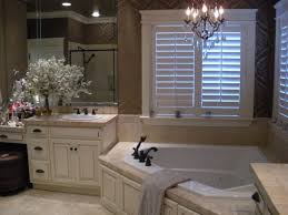 Chandelier Over Bathtub Soaking Tub by Best 25 Corner Tub Ideas On Pinterest Corner Bathtub Bathtub