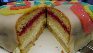 lisacuisine himbeer mascarpone torte mit marzipandecke