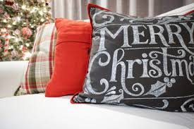 Tj Maxx Christmas Throw Pillows by 14 Tj Maxx Christmas Throw Pillows Pillows In Spanish Homes
