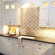 Backsplash Ideas With White Cabinets by Best 25 Arabesque Tile Backsplash Ideas On Pinterest Arabesque