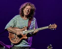 pat metheny my song in the loop magazine monsoon doesn t keep pat metheny from raining
