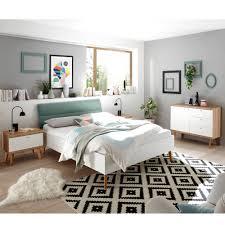 gemütliches und minimalistisches schlafzimmer mit mainz 61