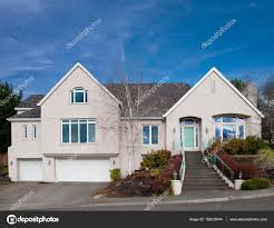 100 Modern Stucco House Pictures Stucco Bungalow Stucco House Under Blue