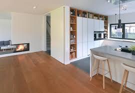 neubau eines einfamilienhaus mit dunklem klinker modern