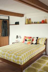I Like This Kind Of Set Up For The Guest Bedroom Jordan Has A Twin Bed That Think Frame Is Color