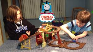 Thomas Tidmouth Sheds Toys R Us by Thomas And Friends Take N Play Rescue From Misty Island Youtube