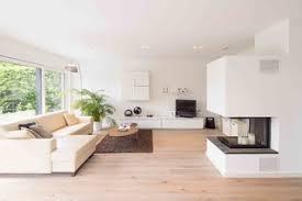 75 moderne wohnzimmer mit hellem holzboden ideen bilder