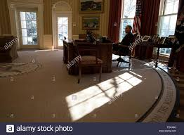 Resolute Desk Replica Plans by Oval Office White House Desk Stock Photos U0026 Oval Office White
