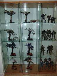 one more quick display question detolf glass door curio toys