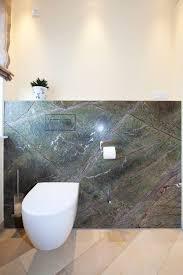 badezimmer aus rainforest green und solnhofener naturstein