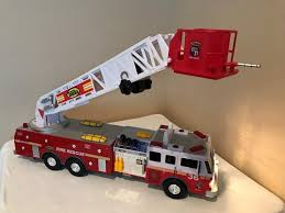 100 Tonka Fire Rescue Truck 36 0347 Engine 36 Motorized Ladder